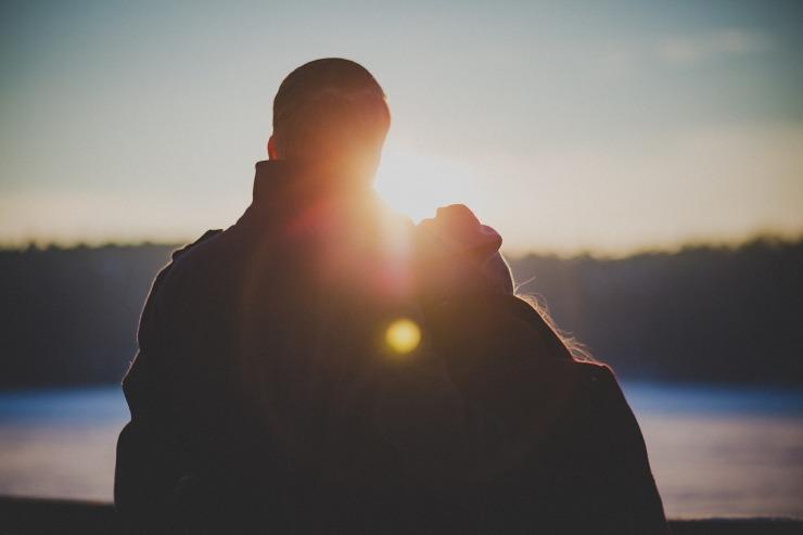 couple-2617898_1280